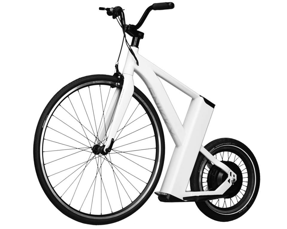 The SnikkyBike's short wheelbase lets it stay nimble and maneuverable, as it needs to be in urban environments