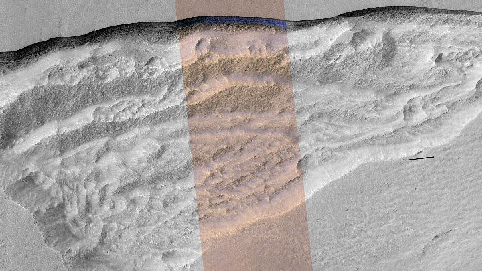 A wider view of the exposed section of ice sheet on Mars