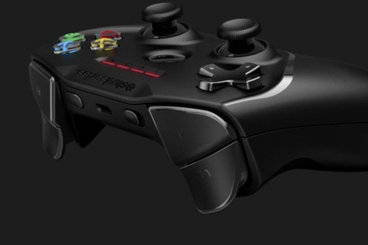 The controller promises 40-plus hours of play from the integrated Lithium-ion battery