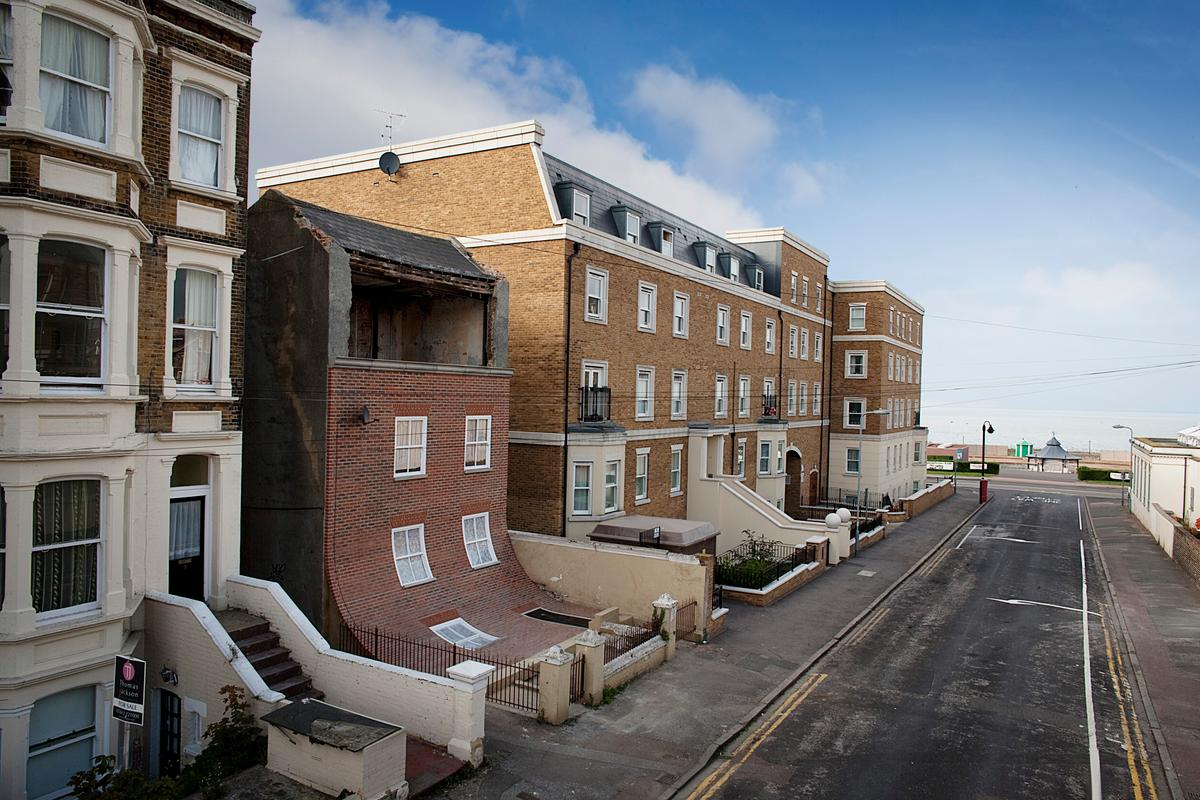 The newly opened installation will stay put until October, 2014 (Photo: Alex Chinneck)