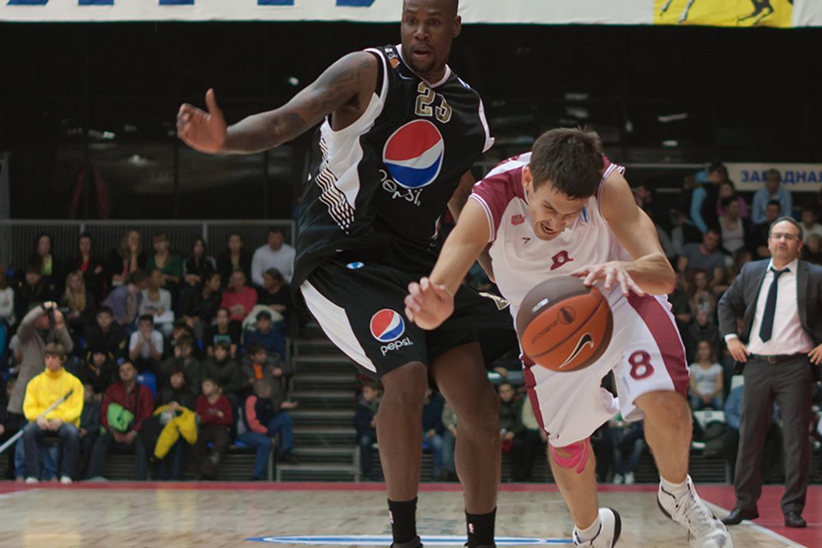 Dallas Mavericks owner Mark Cuban is funding a biomechanics study of flopping on the basketball court (Photo: Pavel Shchegolev / Shutterstock.com)