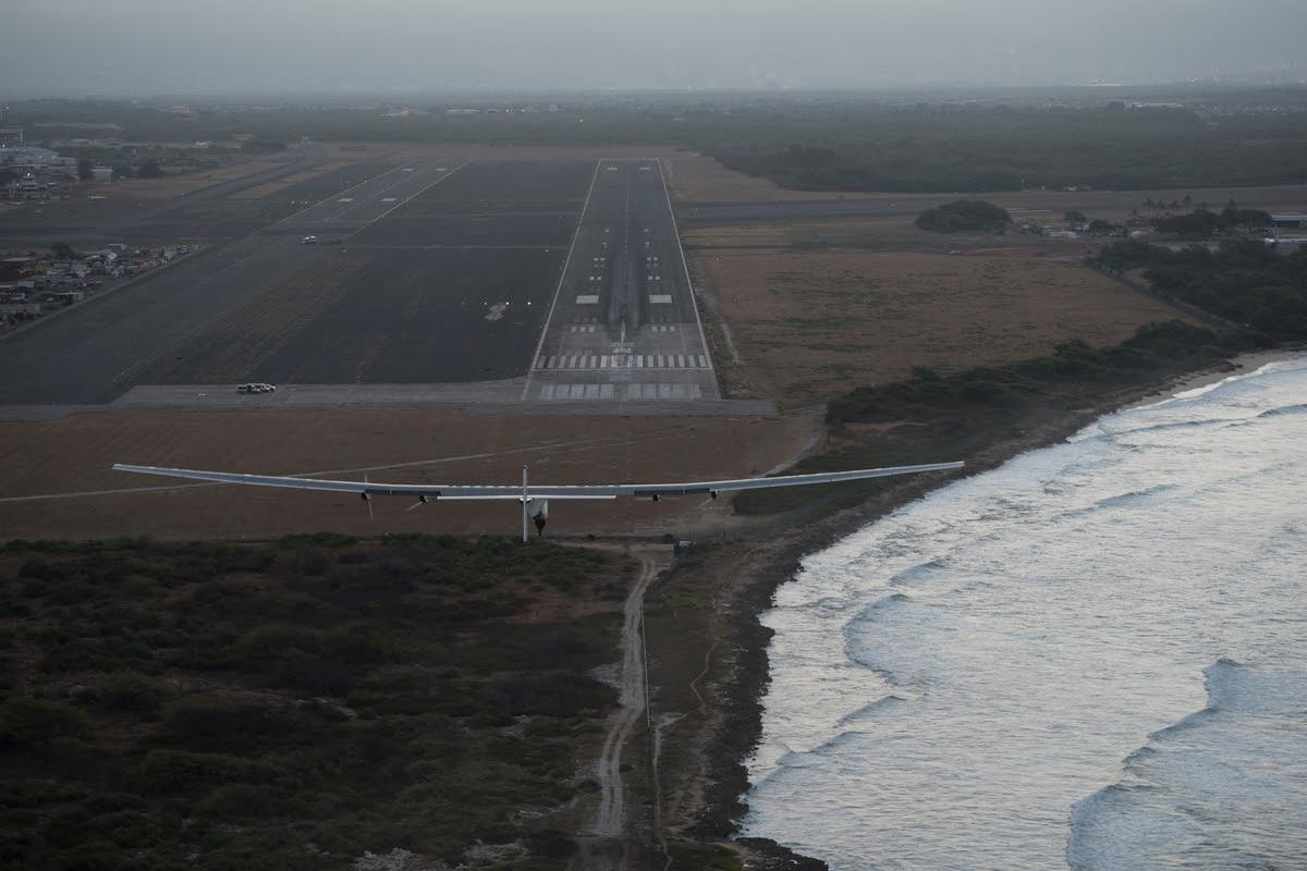 Solar Impulse 2 with André Borschberg on the controls is about to land on Kalaeloa Airport