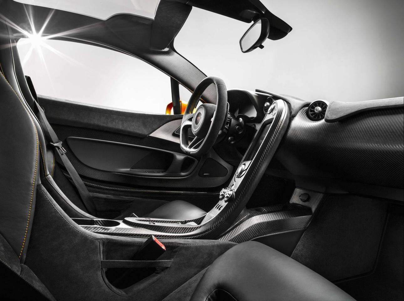 McLaren P1 – a carbon fiber addicts delight