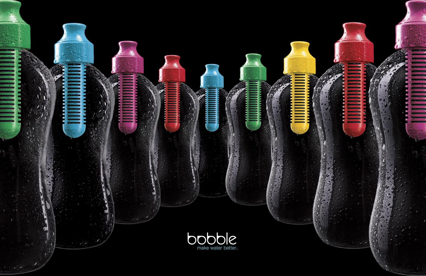 The bobble reusable water bottle features an activated carbon filter