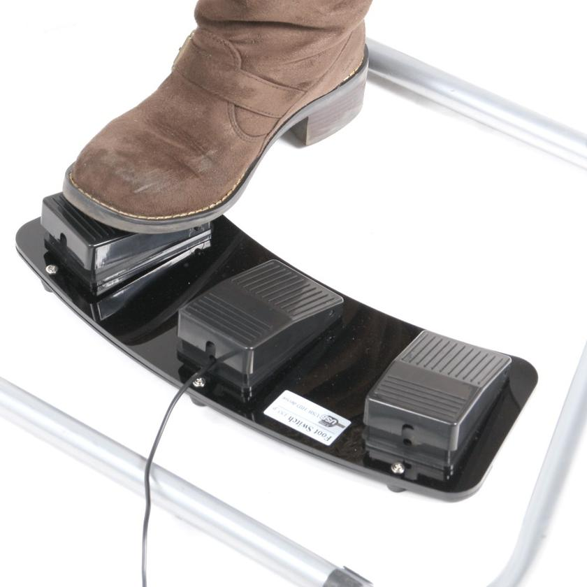 The Thanko USB Foot Switch allows computer users to perform keyboard or mouse functions via a foot pedal on the floor (Photo: GeekStuff4U)