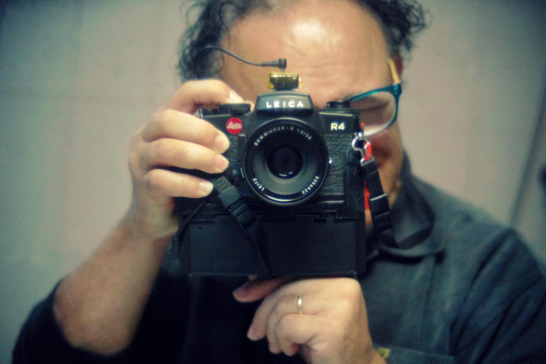 Samuel Mello Medeiroshas launched a new version of the I'm Back 35 digital camera back on Kickstarter