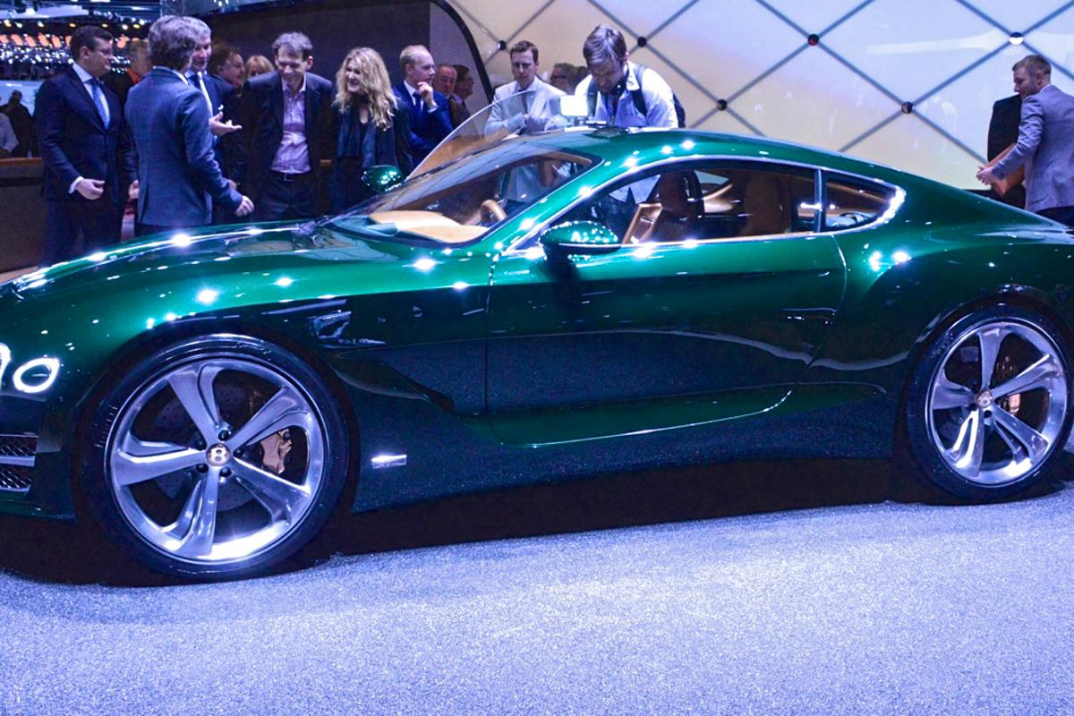Bentley's EXP 10 Speed 6 concept debuts at the 2015 Geneva Motor Show (Photo: C.C. Weiss/Gizmag)