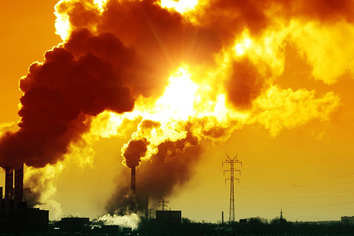 Researchers at University of Texas at Arlington have developed a novel means of creating methanol from sunlight and CO2 (Photo: Shutterstock)