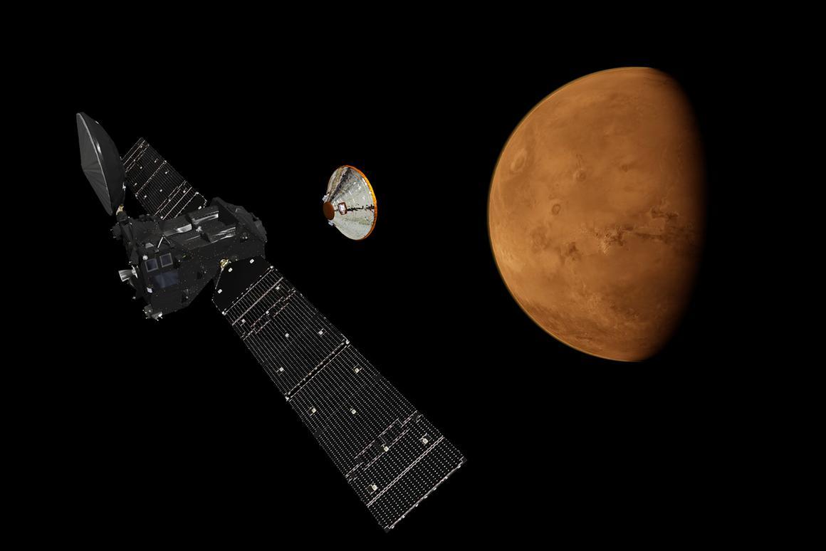 The TGO releasing the Schiaparelli lander prior to arriving in Mars orbit