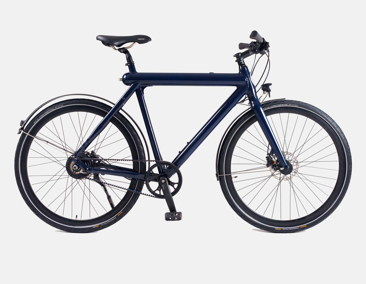 The Rocket E-bike offers up to 100 km of motor assist per two-hour charge of the frame-integrated battery, which is removable for charging indoors