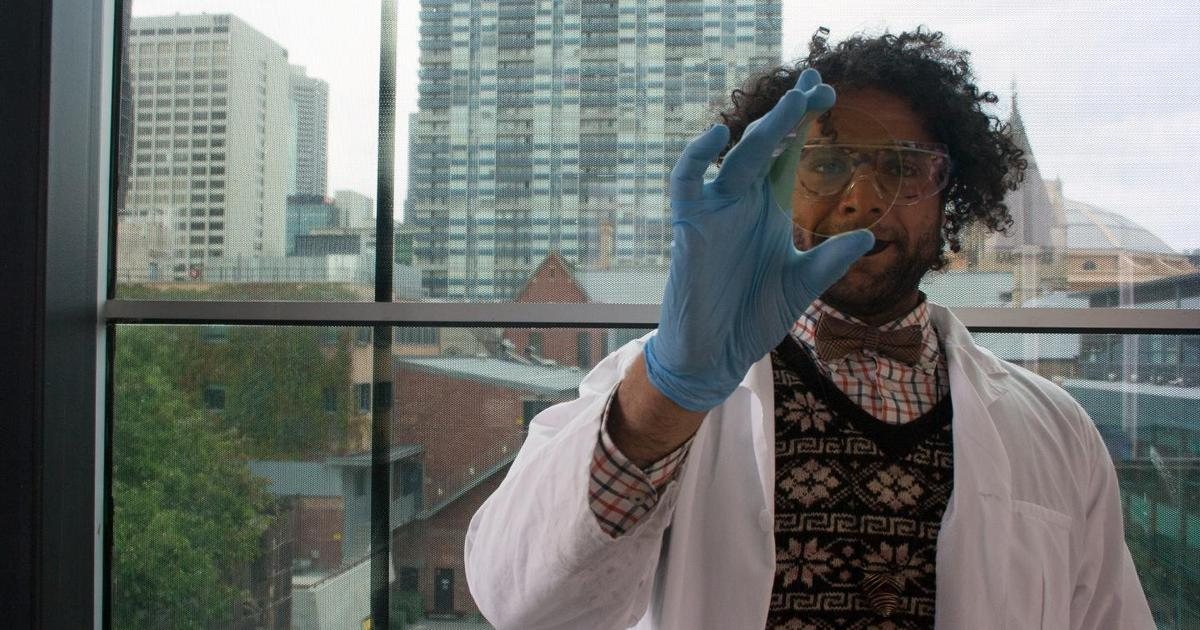 "Ultra-thin coating makes ""dumb"" glass smart"