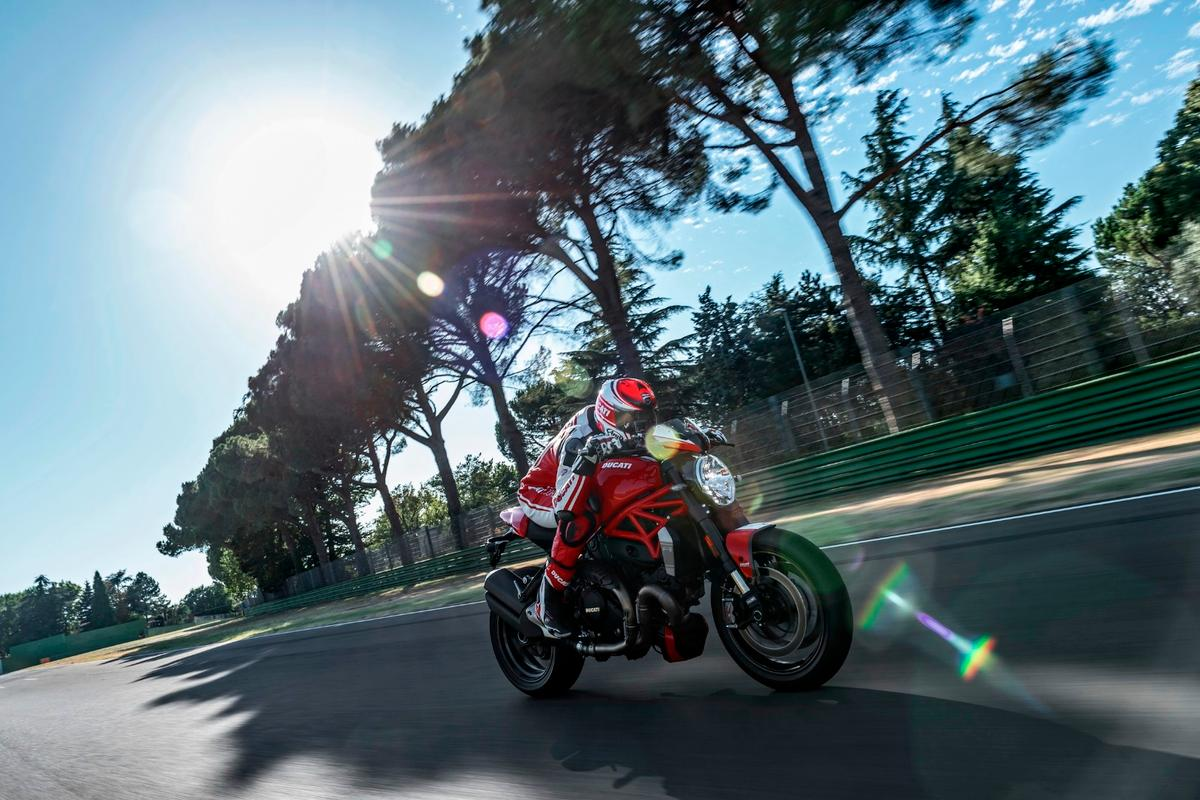The new Monster 1200 R claims the title of the most powerful naked Ducati