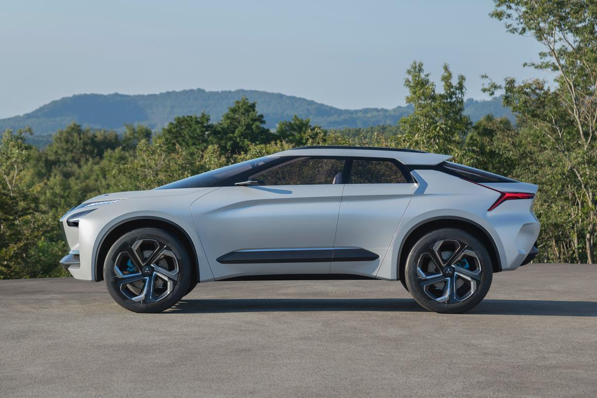 Mitsubishi Electric Car >> Mitsubishi E Evolves With Sporty All Electric Suv Concept