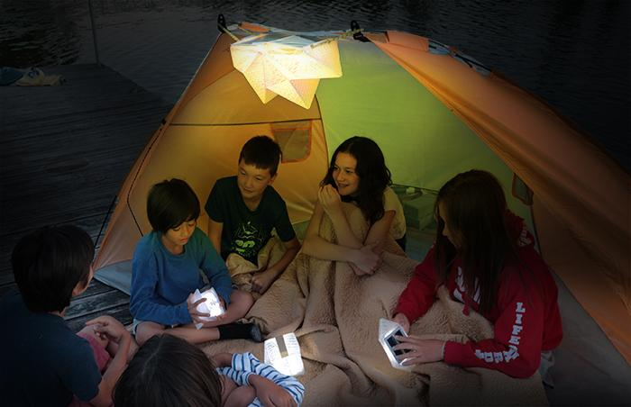 Qwnn is designed for camping, outdoor activities, or just as a mood-setting indoor lamp