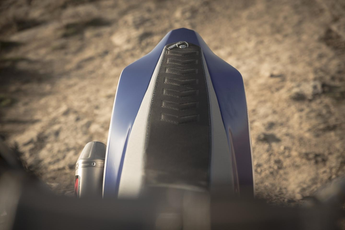 Yamaha T7 concept: back seat