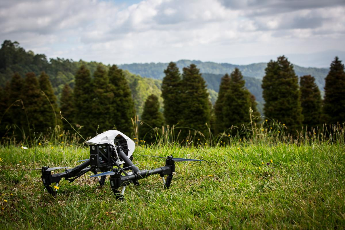 DJI Inspire 1: the most sophisticated all-in-one, ready to fly aerial camera you can buy (Photo: Noel McKeegan/Gizmag.com)