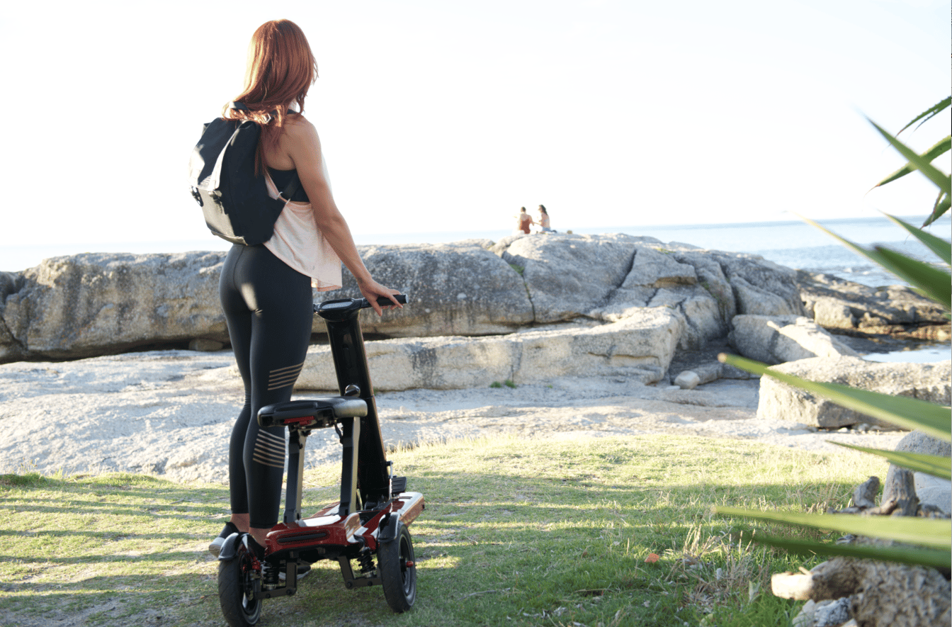 The Relync R1 scooter travels up to 18.5 miles, for use in the city and beyond