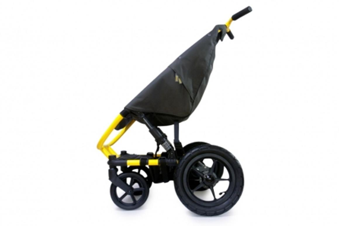 Curio Avventura stroller is designed to fit through the narrowest of passageways