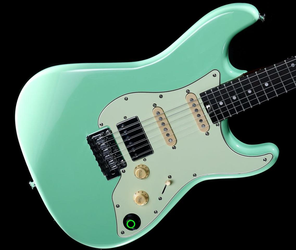 The guitar's intelligent processor is powered on using a Super Knob, that's also used to dial in tone presets
