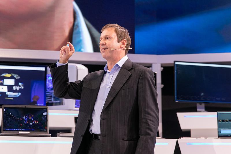 Intel's Kirk Skaugen shows off the 6th gen Core processor at the Messe in Berlin
