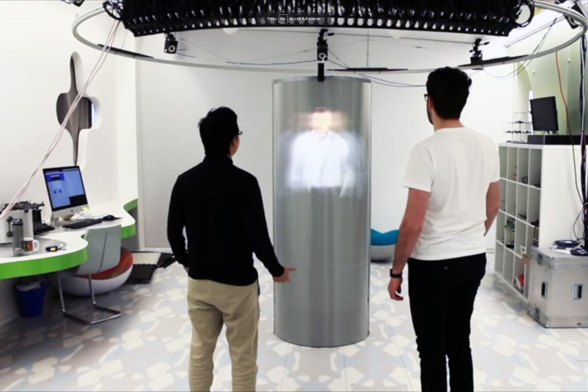 TeleHuman 2 supports multiple viewers looking from any angle