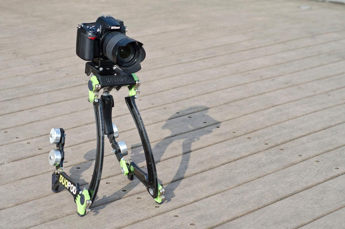 The Duopod project from designer Ben Millett functions as both a shoulder-mounted steadicam and a two-legged camera platform for those wanting to shoot high definition action videos on digital SLR cameras