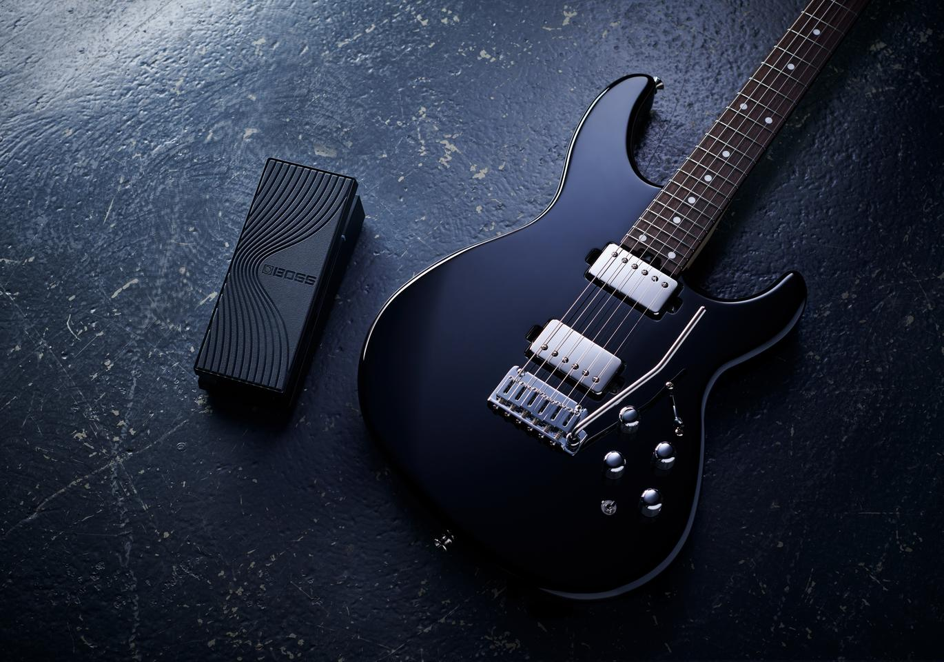 An optional wireless MIDI expression pedal accompanies the release of the Eurus GS-1 Electronic Guitar, which allows players cable-free control of the synth engine