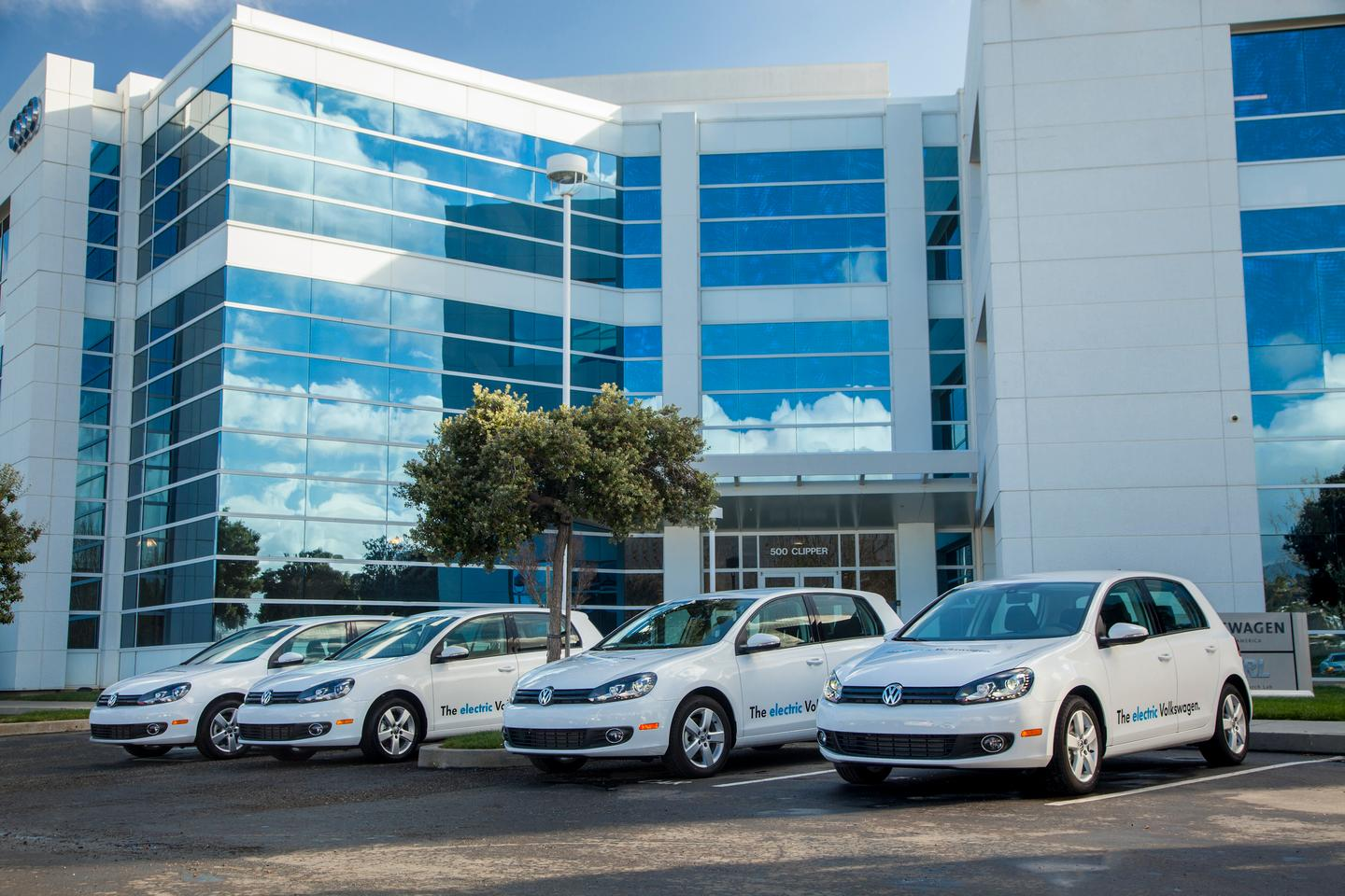 A fleet of 20 pilot E-Golf BEVs are set to go stateside in April 2012