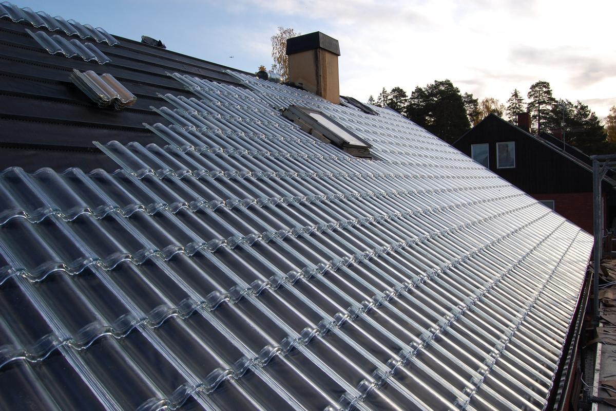 Soltech Energy glass tiles help cut energy bills