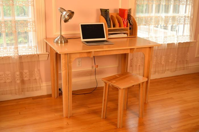 The sitting option for the Press Fit Desk