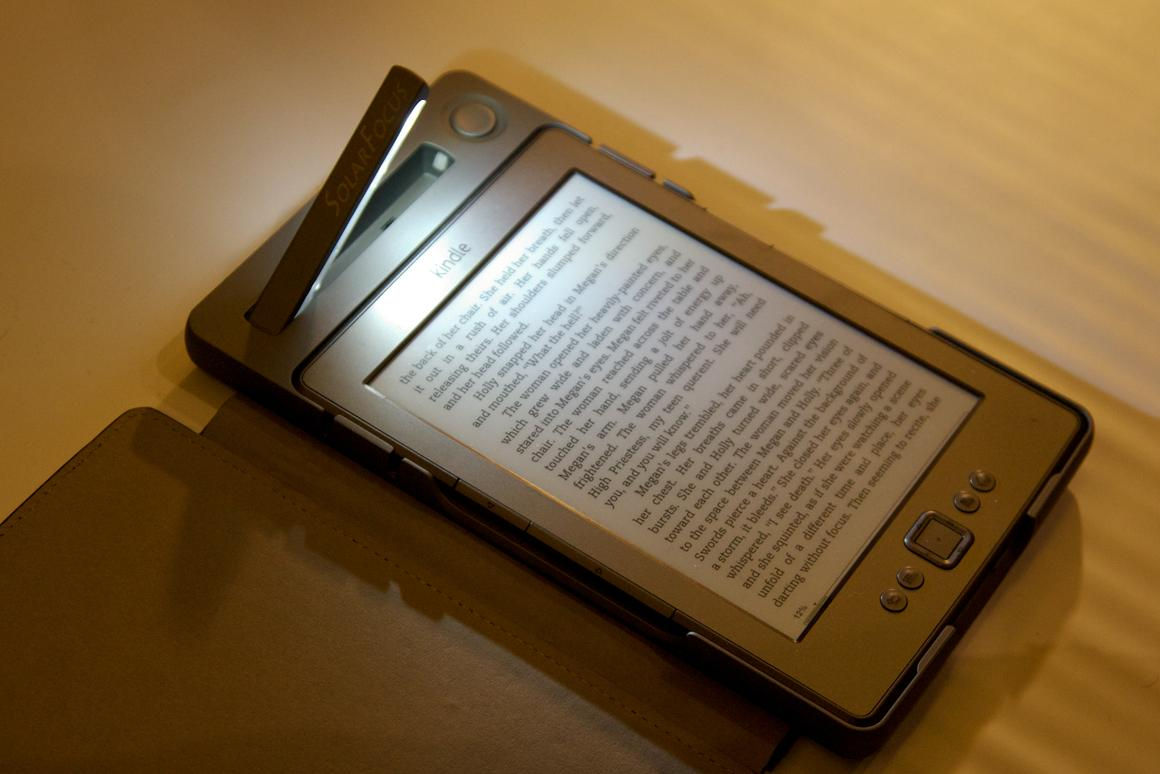 SolarKindle is shipping its solar powered cover for Kindle Touch and Kindle 4