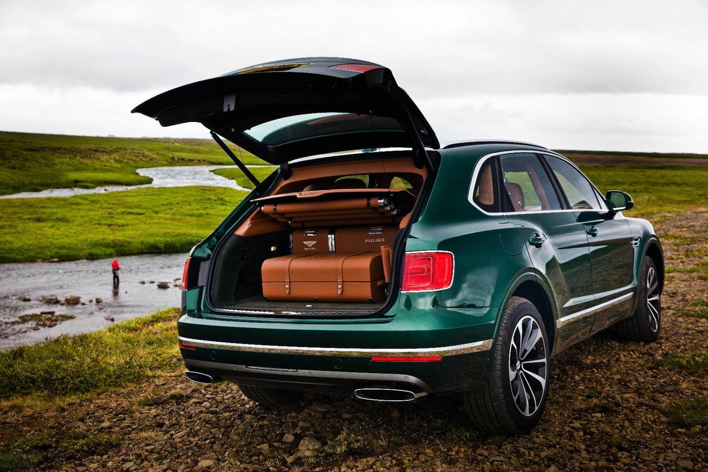The Bentley Fly Fishing by Mulliner highlights how Mulliner can develop personalized Bentayga editions for sporty folk