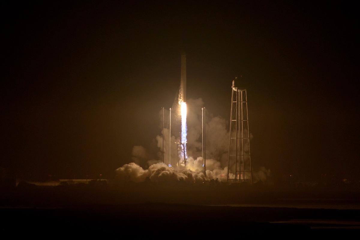OA-5 lifting off from Wallops Island