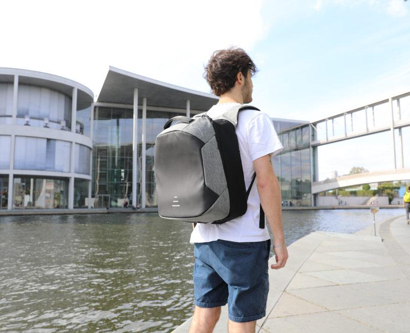 Moonr's suspension backpack is the second such device we've seen