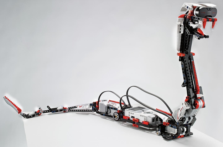 Lego Mindstorms EV3 vous permet de créer des robots incroyables qui peuvent être programmés après leur création