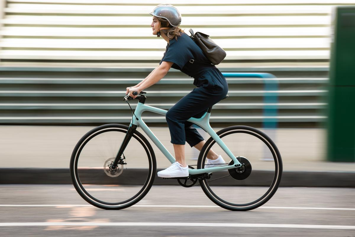 The Eeyo 1 offers pedal assist up to 19 mph, and up to 55 miles of per charge range in Eco mode