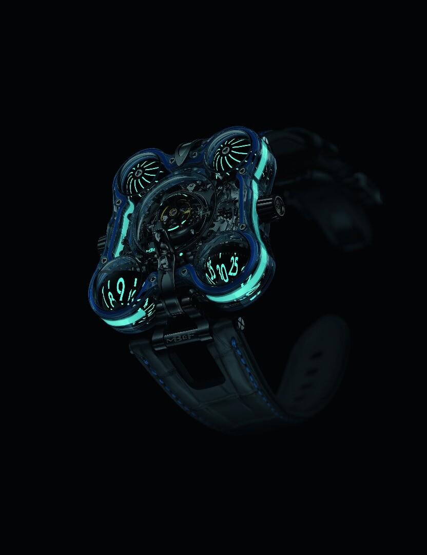 The HM6 Alien nation comes in four distinct color schemes