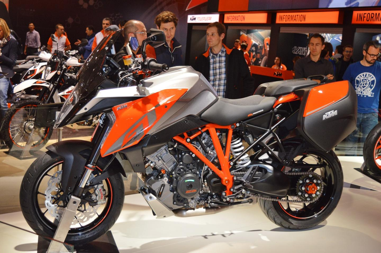 The KTM 1290 Super Duke GT redresses appropriately the Super Duke R to create the absolute sport touring bike