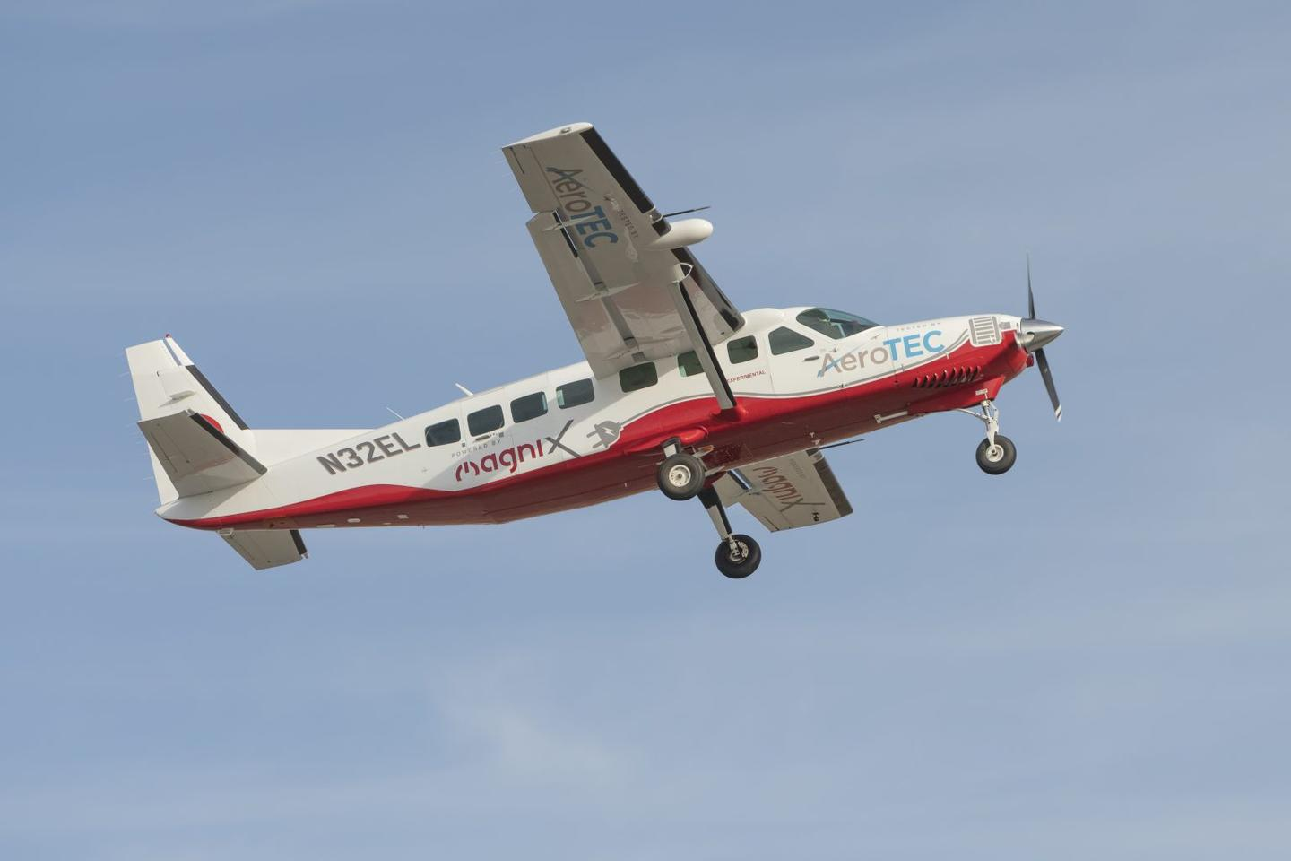 The maiden voyage of the electric Cessna took place at AeroTEC's test facility in Moses Lake, Washington