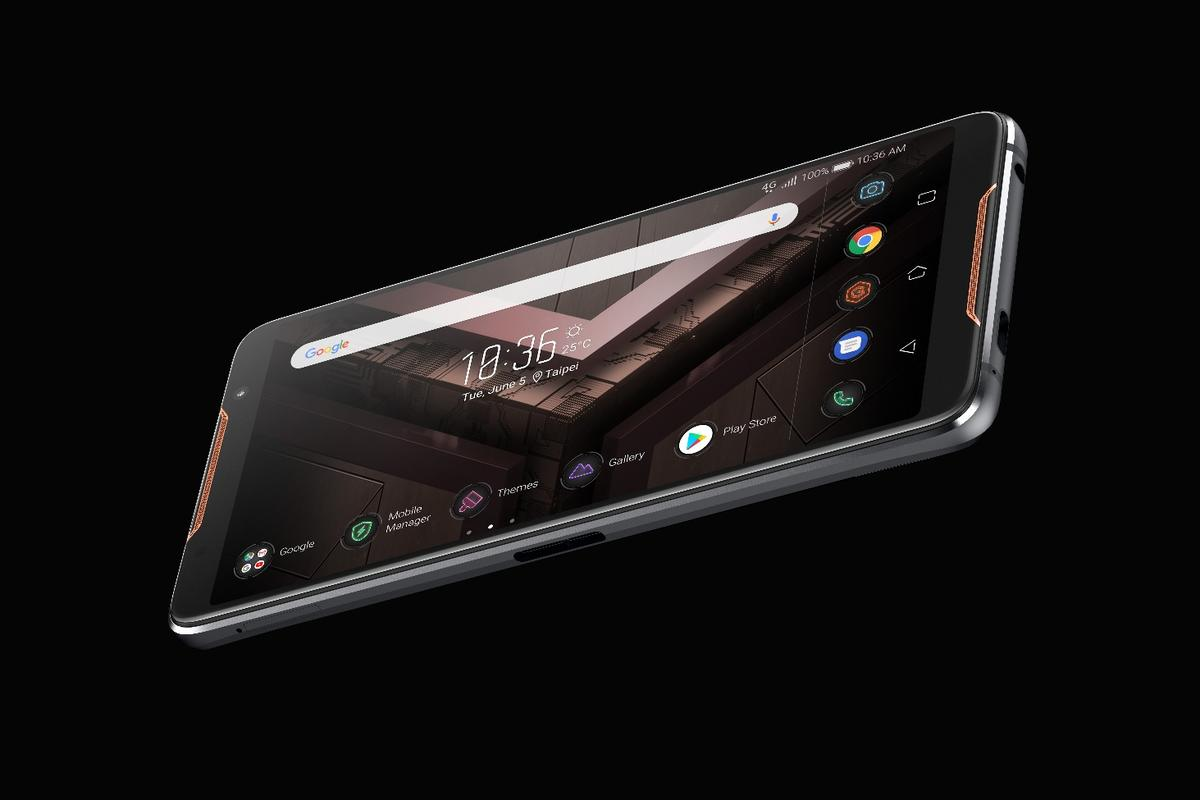 The ROGPhone features a6-inch AMOLED display with 2,160 x 1080p resolution in an 18:9 aspect