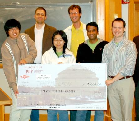 The Thermeleon team after winning the MIT MADMEC design competition: (Front from left): Lin Jia, Yin Fan, Gagan Saini, and Dr Nicholas Orf (Back from left): Dr Joseph Walish and Dr Rafal Mickiewicz