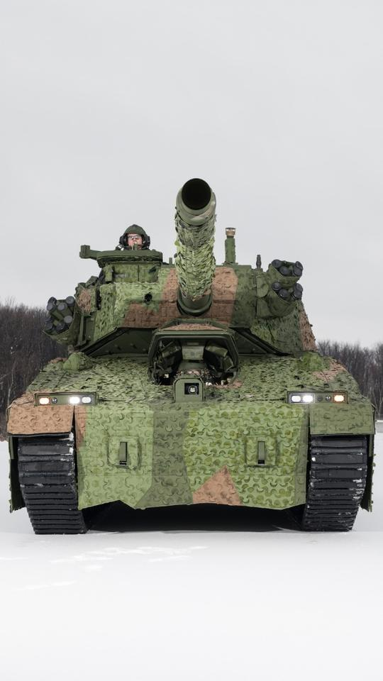 The BAE vehicle will have an auto-loading ammunition system