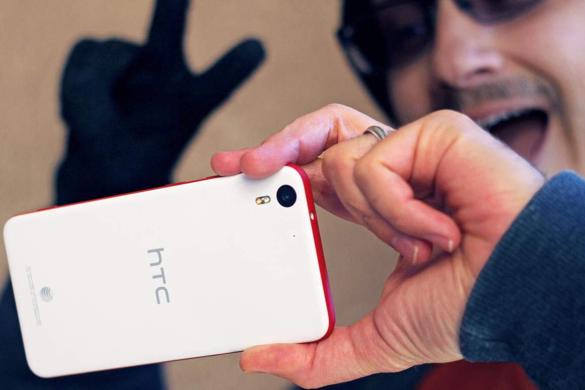 Gizmag takes HTC's selfie phone, the Desire Eye, for a spin (Photo: Will Shanklin/Gizmag.com)