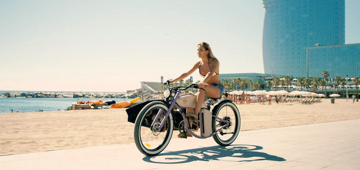 Emission-free surfboard transport courtesy of the Cruzer from Rayvolt