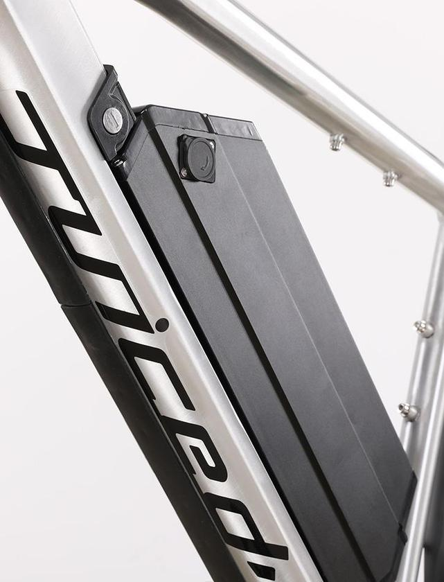 Juiced RipCurrent S:lockable frame-mounted battery
