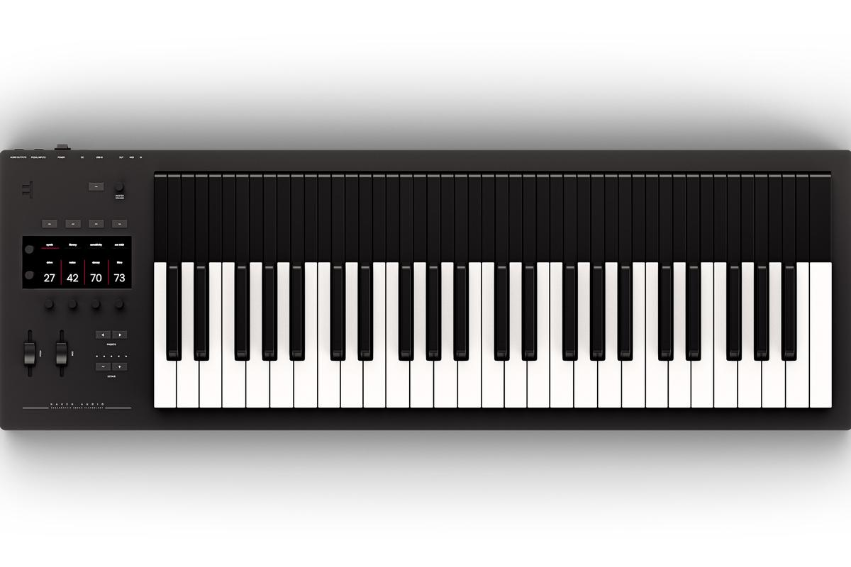 The Osmose is capable of up to 24 voice polyphony