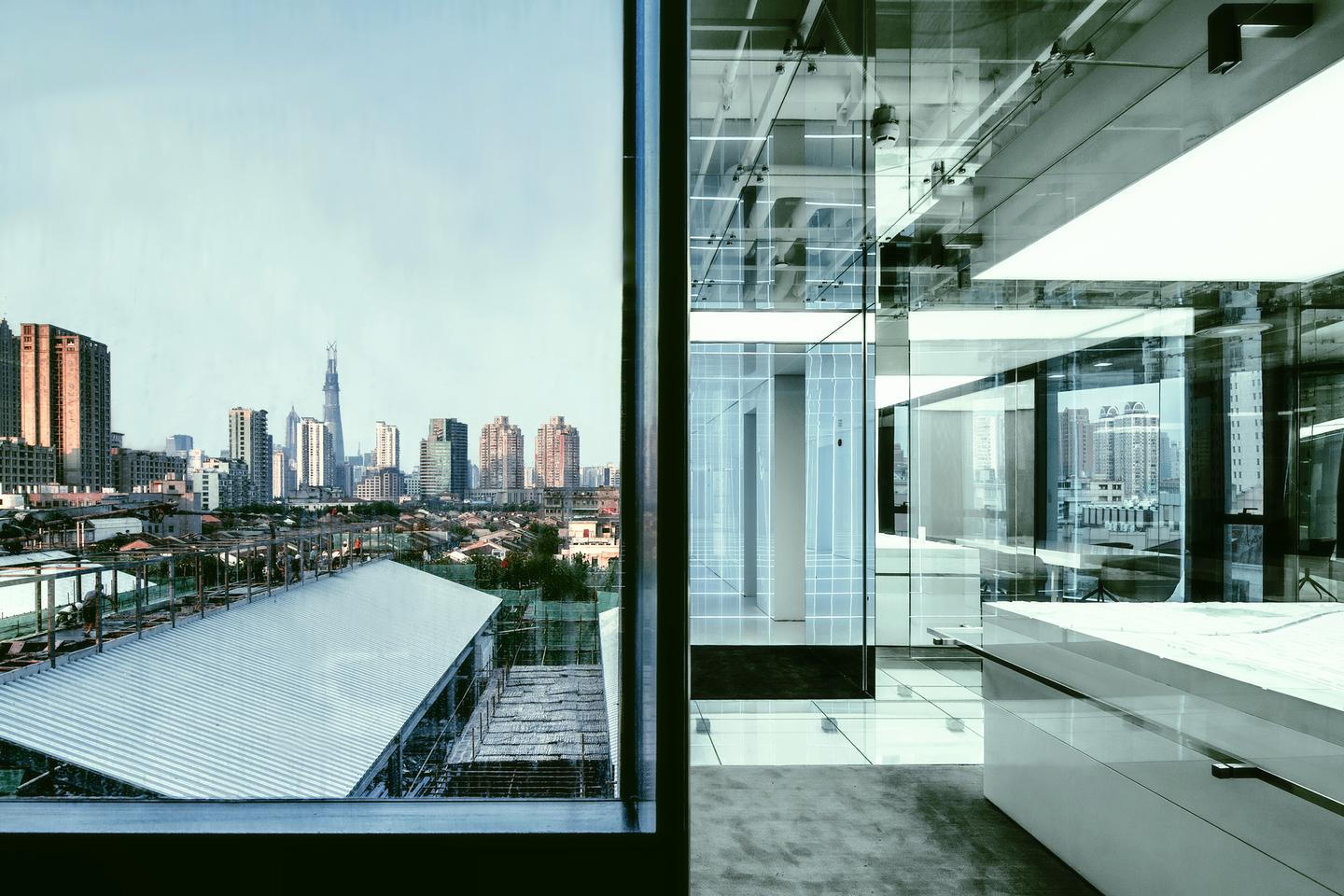 The office is undoubtedly stunning to look at, but how practical is it? (Photo: Jerry Yin)