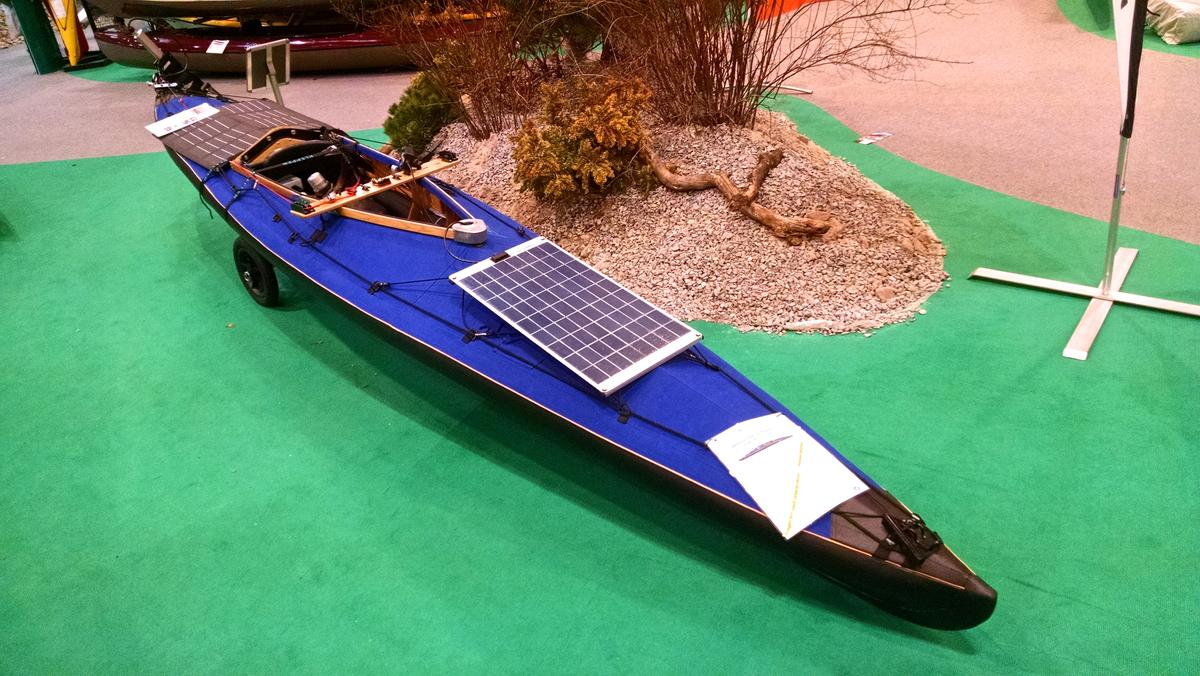 The Klepper E-Kayak at the 2015 Dusseldorf boat show (Photo: C.C. Weiss/Gizmag.com)