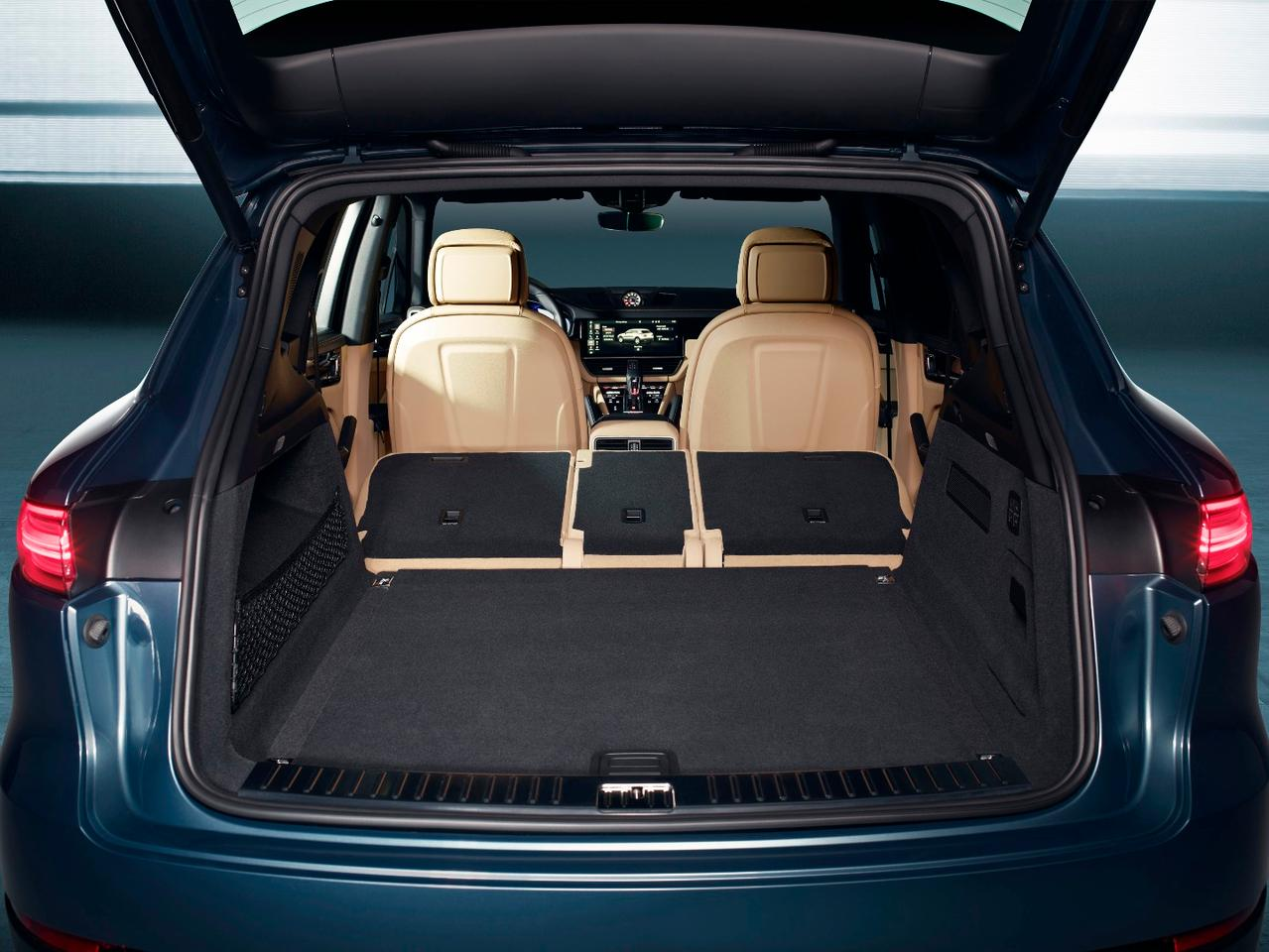 The trunk of the new Porsche Cayenne