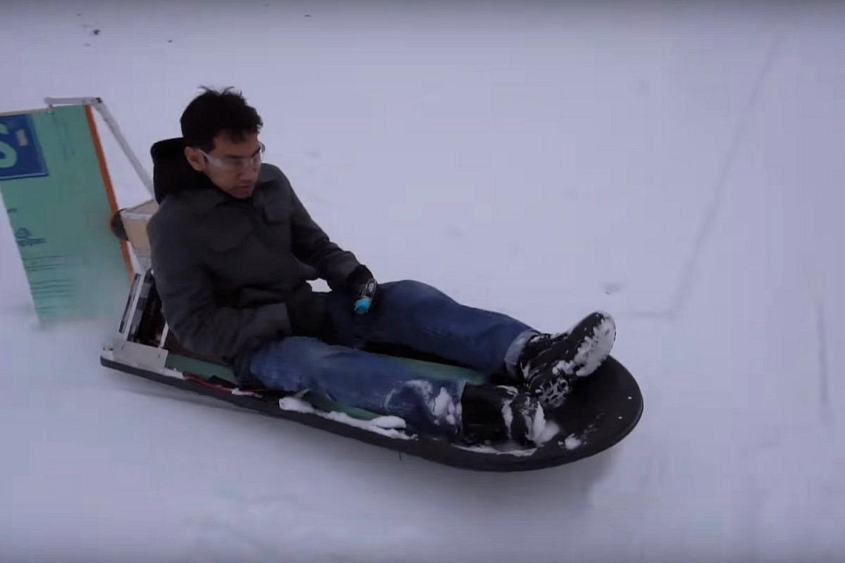Peter Sripol slippin' and slidin' on his DIY electric air sled
